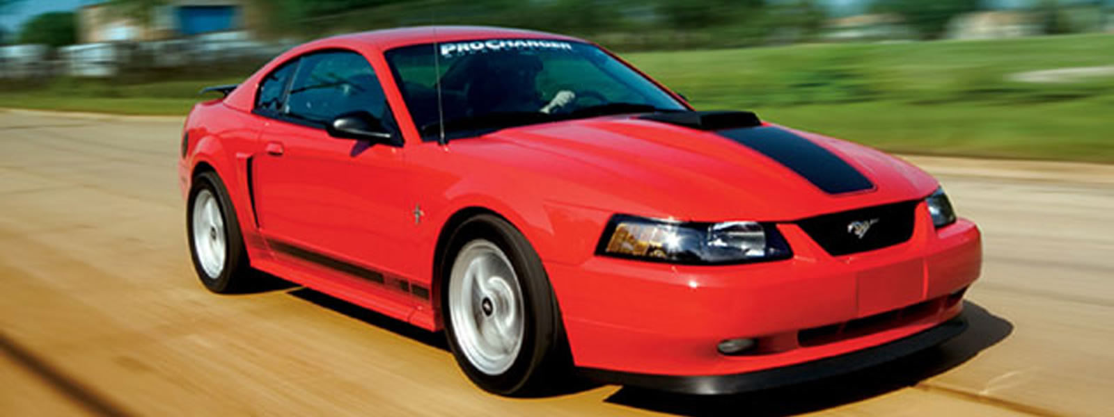 The Ford Mustang of 2003 is also just about great in its fuel efficiency where the numbers are very much comparable to any other leading car.